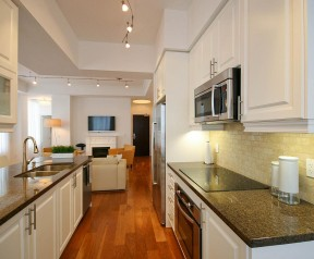 35 Balmuto St, Apt 4401 at 35 Balmuto Street #4401, Toronto, ON M4Y 0A3, Canada for